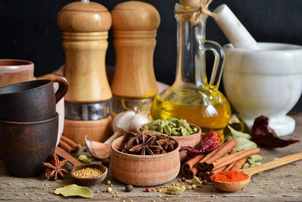 Оливковое масло с корицей и гвоздикой