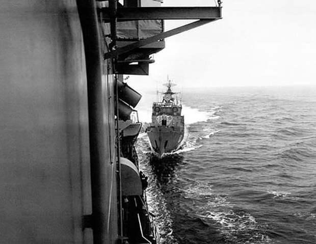 Столкновение в Чёрном море: как советские моряки таранили американцев