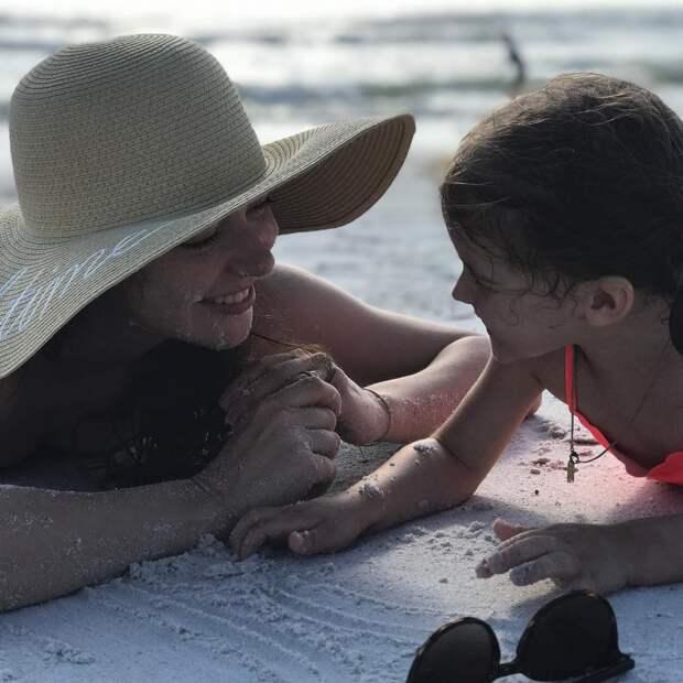 «Ты- наше чудо»: Марина Александрова показала подросшую дочь в честь дня рождения