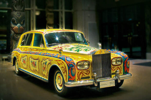 Автомобиль раскрашивали голландские мастера, на которых было потрачено 4200 долларов.   Фото: popmech.ru.
