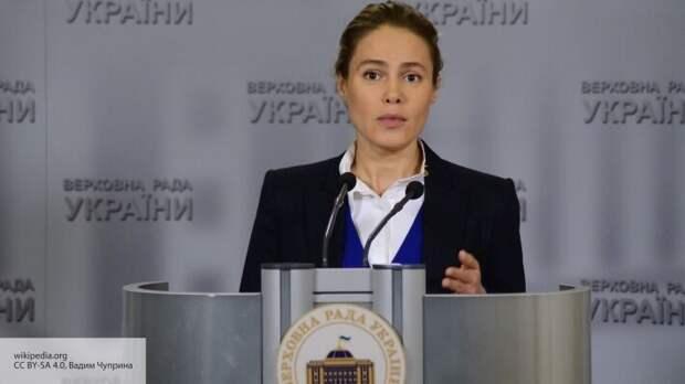 В связи с эпидемией Кабмин Украины может ввести надбавки врачам и отменить штрафы за ЖКХ
