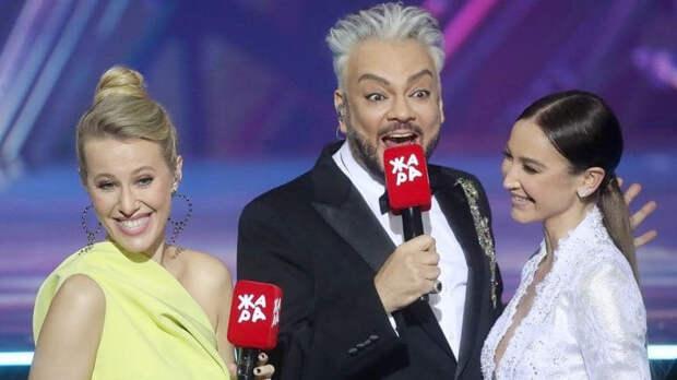 """""""Жара"""" за кулисами: Собчак довела Бузову до слез"""