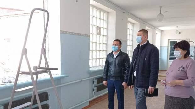 Рустем Халитов посетил с рабочим визитом МБОУ «Червонновская средняя школа»