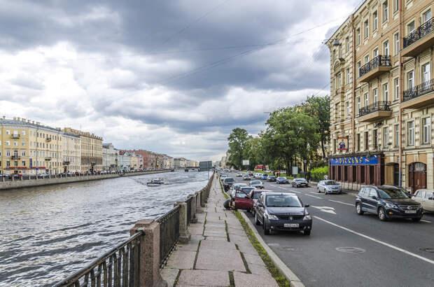 Набережная реки Фонтанки возле Московского проспекта..jpg