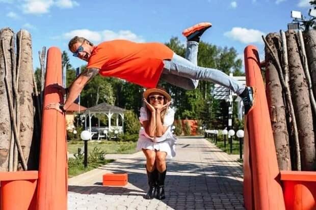 Задойнов заявил, что не допустит развода с женой
