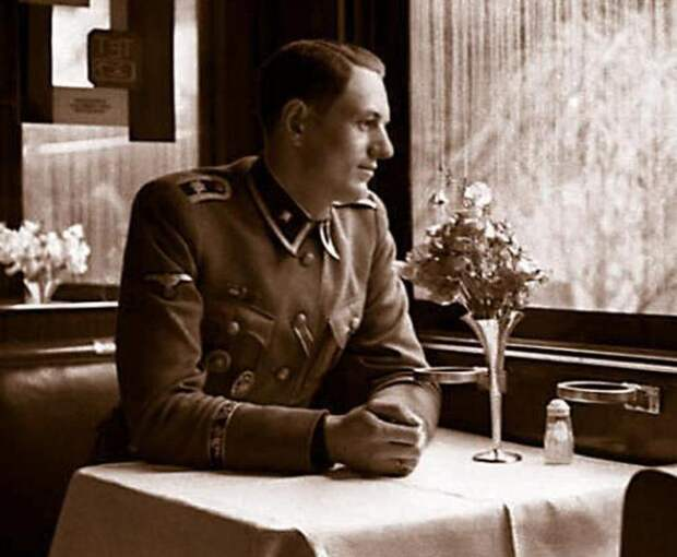 Об этом поезде вспоминал телохранитель Гитлера Рохус Миш в своей книге. /Фото: autogear.ru.