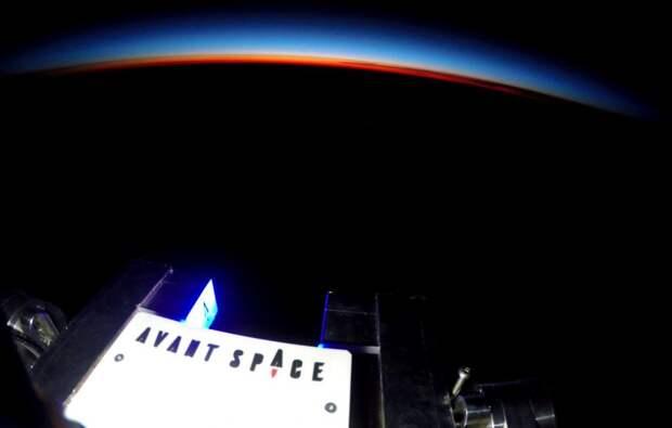 В космосе установят огромный рекламный баннер