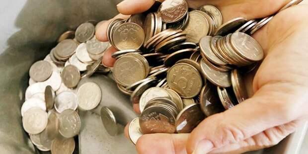 Песков рассказал о падающих доходах россиян