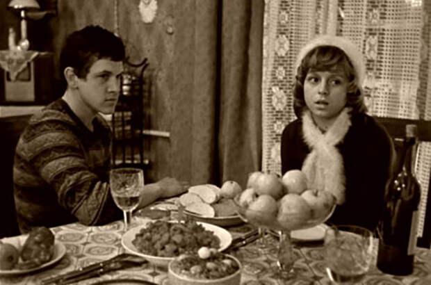 Игорь Нефедов в фильме «Пять вечеров» (1978).