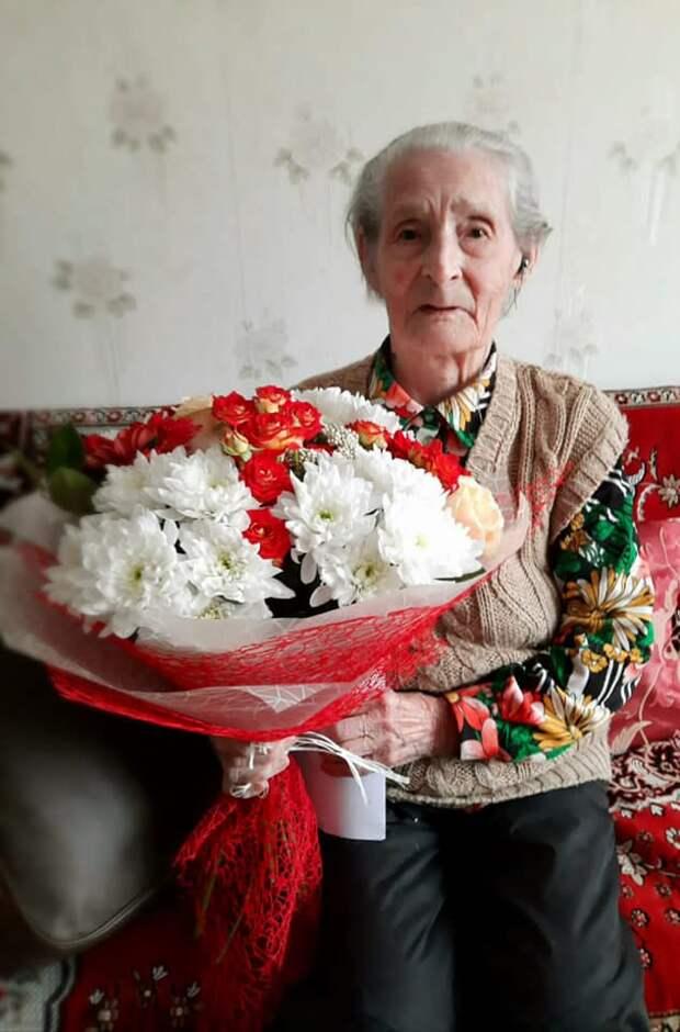 В Ижевске ветеран Великой Отечественной войны Валентина Петровна отпраздновала вековой юбилей