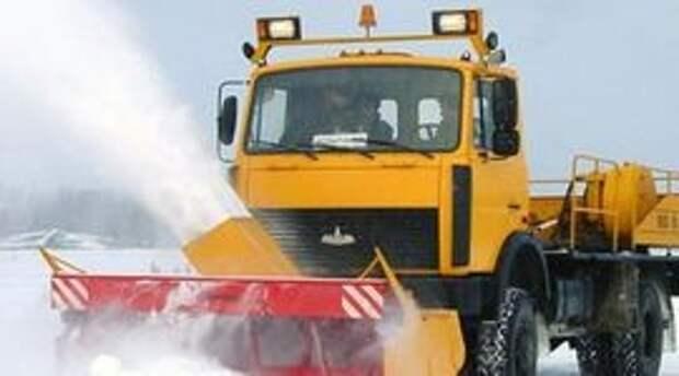 Москва встала в пробках из-за метели, Росавтодор рекомендует отказаться от поездок в ряде регионов из-за снегопада