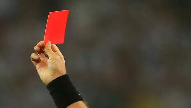 Чех Краловец вчера судил матч «Краснодара» на «Стэмфорд Брижд», а сегодня его исключили из списков арбитров - лишен доверия из-за участия в договорняке