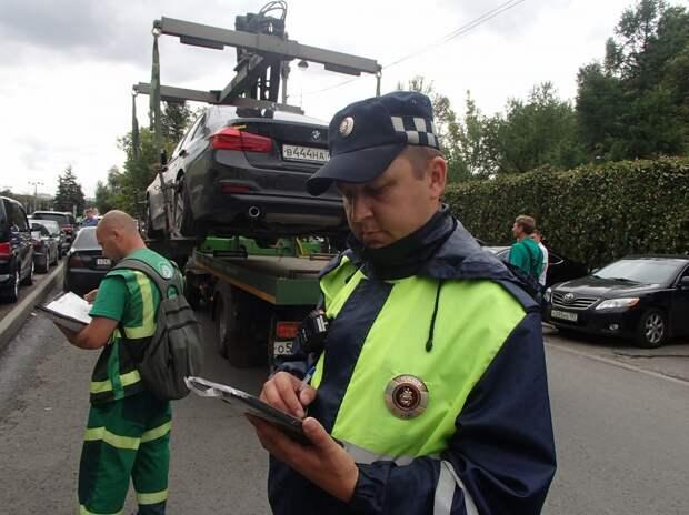 Проспект Мира стал лидером по числу эвакуаций автомобилей в Москве