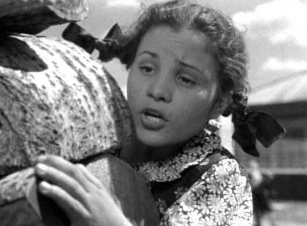 Актрисы советского кино, которые прославились ролями второго плана