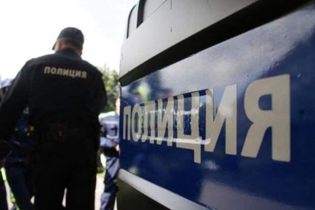 В Севастополе полицейские организовали для подростков поход в спортивный клуб