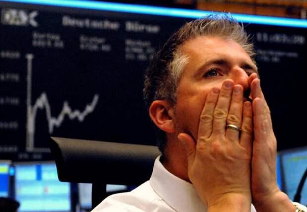 Рынок нефти снижается на новом ухудшении ситуации с COVID