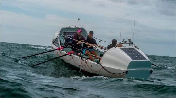Нудистка из Великобритании плавает в лодке нагишом, готовясь пересечь Атлантический океан