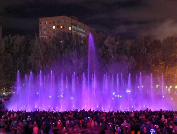 Светомузыкальный фонтан на Центральной площади Ижевска отключат 28 сентября