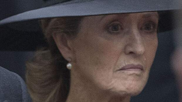 Королева позволит фаворитке принца Филиппа присутствовать на похоронах