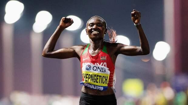Чемпионка мира Чепнгетич установила новый мировой рекорд в полумарафоне