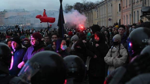 Федоров считает, что за митингами в поддержку Навального стоит Вашингтон