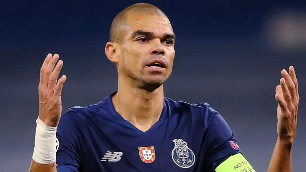Защитник «Порту» Пепе сцепился с одноклубником после победы над «Фаренсе»