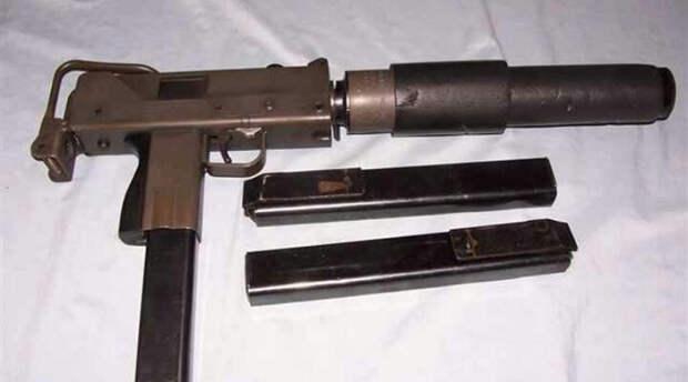Оружие криминалитета: 7 стволов, которые берут на дело