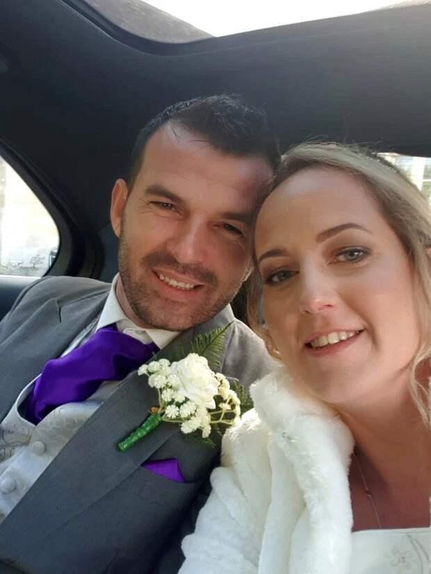 На повторе: британка вышла замуж за официанта-грека, с которым танцевала на своей первой свадьбе