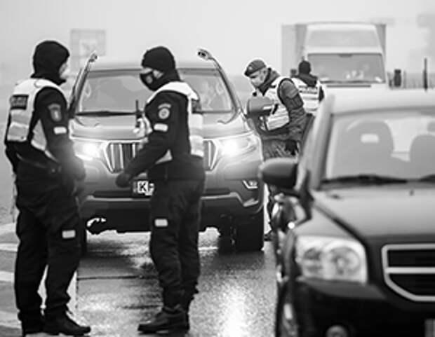 Блокпосты полиции при въезде в города – отличительная особенность сегодняшней Литвы