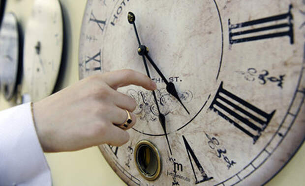 Приведут ли путешествия во времени к уничтожению Вселенной?