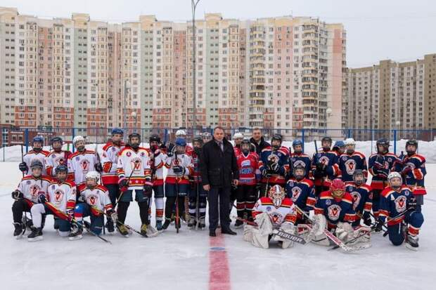 В Марьино состоялся межрайонный хоккейный турнир.Фото Ярослав Чингаев