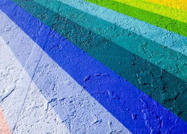 3 секрета избежать выцветания ярких красок на стенах