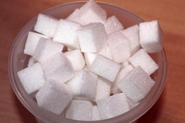 МЭР РФ пока не видит потребности продлевать соглашения по ценам на масло и сахар