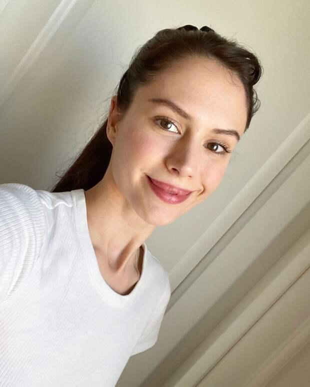 Паулина Андреева, Юлия Снигирь и Ирина Старшенбаум запустили флешмоб в поддержку онкобольных детей