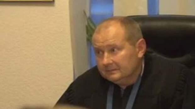 СБУ VS НАБУ: кто такой судья Чаус и почему за право его арестовать в Киеве развернулась настоящая битва спецслужб? фото 1
