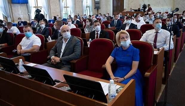 Парламентский резерв: в ЗСК прошло заседание Совета молодых депутатов Кубани
