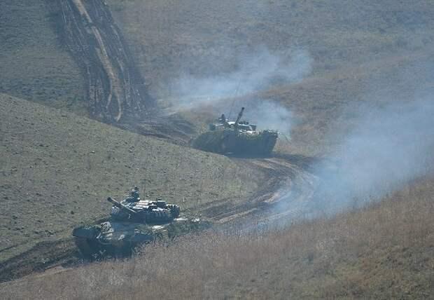 В Армении рассказали о захвате азербайджанской бронетехники в Карабахе