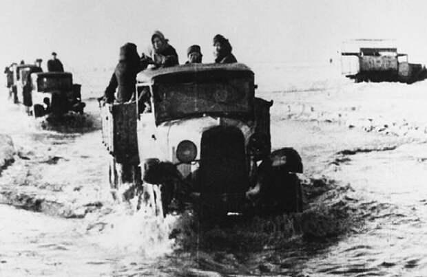 Какие жители СССР добровольно приезжали в блокадный Ленинград
