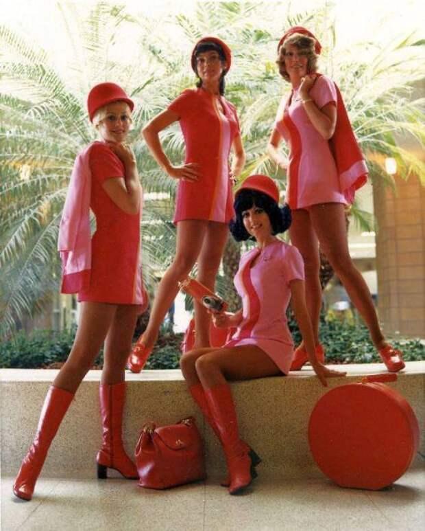 Красота в полете: стюардессы 1960-х