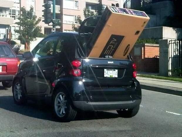 Автомобильный юмор в картинках и фото приколах (12 фото)