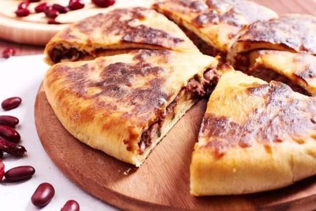 Лобиани: грузинский пирог с фасолью, который даст фору не одному горячему блюду!.