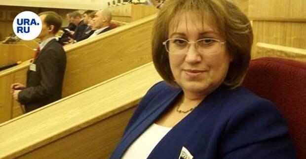 В России объявили сбор денег на жизнь «малоимущему» депутату Госдумы. «380 тысяч рублей, естественно, это капля в море»