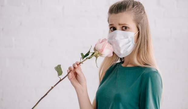 Переболевшие коронавирусом россияне рассказали о постоянном запахе мертвечины и помоев