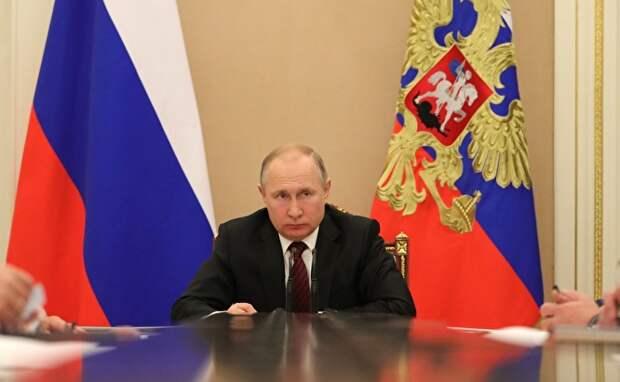 Многие уехавшие из России связывают свой отъезд с политическим застоем в стране