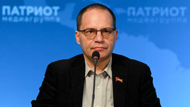 Политолог Соловейчик поддержал инициативу Беглова по обустройству больниц Петербурга