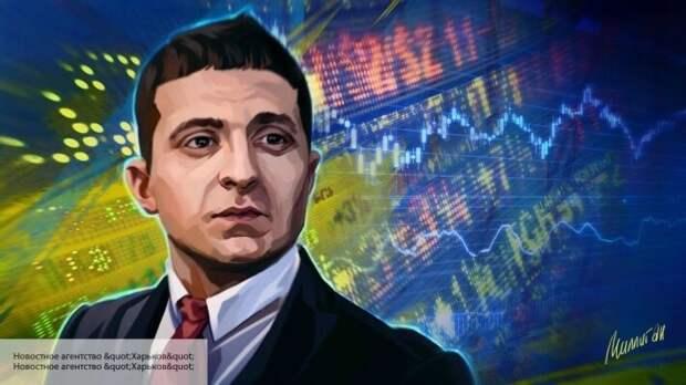 Украине грозит смена власти, введение ЧП и в итоге политический кризис, заявил экономист