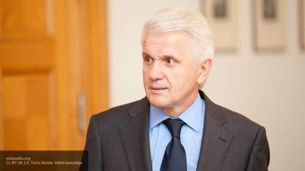 Литвин рассказал, зачем Запад заставил Украину открыть рынок земли