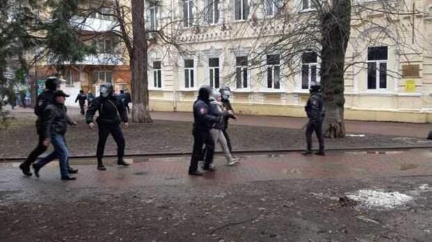 ВРостове провалилась акция вподдержку Алексея Навального
