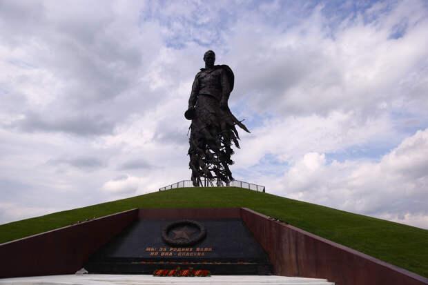Губернатор: открытие Ржевского мемориала в Тверской области повысило явку при голосовании