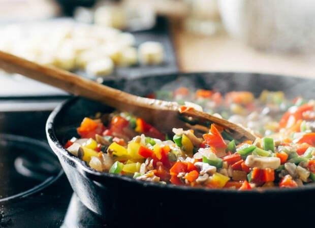 Оптимальный разогрев сковороды. | Фото: UillToBe.
